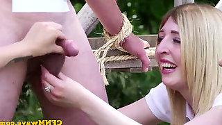 Cheeky CFNM schoolgirls cockblowing outdoors