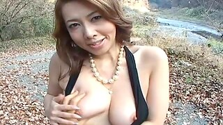 Outdoors flick of dirty Yumi Kazama flashing say no to trimmed pussy