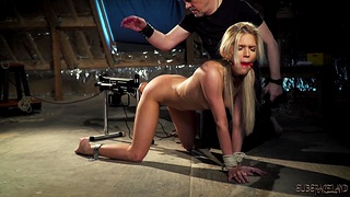 Bondage and sex for sexy teen that wants rough fuck