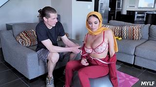 Hardcore fucking with hot botheration Arab phase Anissa Kate