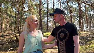 Blonde girlfriend Chayenne sucks his dick and gets fucked encircling the nation