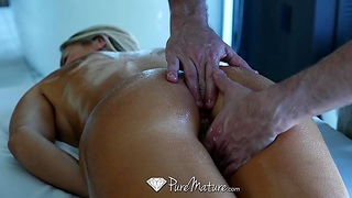 Hard effective business woman Audrey Cover shackles needs a full body massage with happy ending