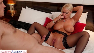 Cock hungry MILF London River opens her arms for hardcore fucking
