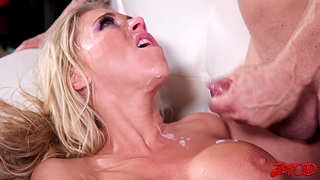 Naughty blonde wife Katie Morgan calls her fuckbuddy for a quickie